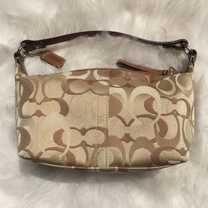 Coach Soho Top Leather Handle Pouch (Small)